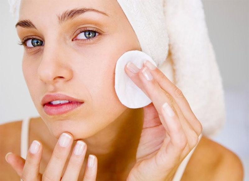 Маска-скраб для проблемної шкіри обличчя OTOME