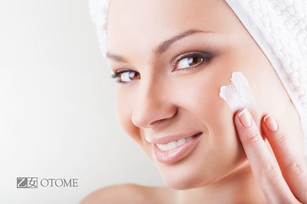 Косметика для живлення шкіри обличчя: креми, маски - otome.com.ua